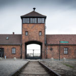 Wycieczka Auschwitz wynajem samochodu