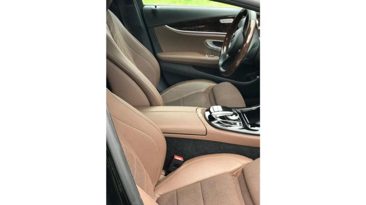 Mercedes E-klasa wynajem limuzyny