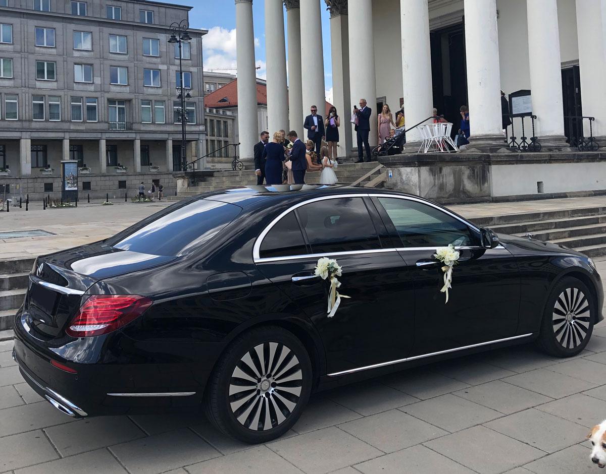 Samochód z kierowcą na ślub Mercedes